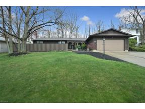 Property for sale at 7815 Hickory Hill Lane, Parma,  Ohio 44130