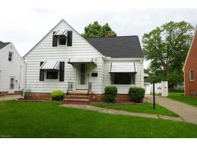 Property for sale at 10176 Chesterfield Drive, Parma Heights,  Ohio 44130