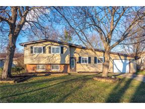 Property for sale at 406 Wyleswood Drive, Berea,  Ohio 44017