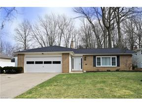 Property for sale at 6743 Chadbourne Drive, North Olmsted,  Ohio 44070