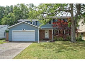 Property for sale at 4652 W Farnhurst Road, South Euclid,  Ohio 44121