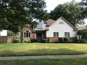 Property for sale at 114 Lindsay Court, Elyria,  Ohio 44035