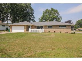 Property for sale at 2700 Mary Lane, Seven Hills,  Ohio 44131