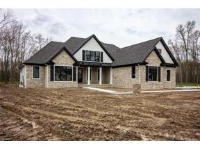 Property for sale at 31371 Bur Oak Drive, Westlake,  Ohio 44145