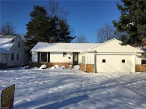 Property for sale at 1100 Blanchester Road, Lyndhurst,  Ohio 44124