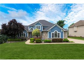 Property for sale at 17500 Sawgrass Circle, North Royalton,  Ohio 44133