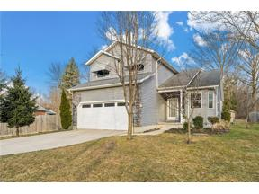 Property for sale at 5909 Ruple Parkway, Brook Park,  Ohio 44142