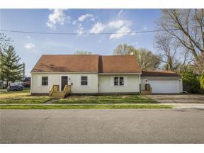 Property for sale at 1835 Jefferson Avenue, Cuyahoga Falls,  Ohio 44223