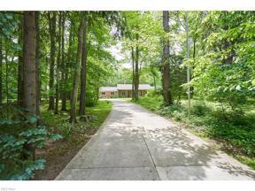 Property for sale at 6774 Gates Mills Boulevard, Gates Mills,  Ohio 44040