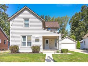 Property for sale at 32 Lincoln Avenue, Berea,  Ohio 44017