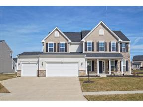 Property for sale at 31848 Suncrest Circle, North Ridgeville,  Ohio 44039