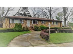 Property for sale at 660 Longfellow Drive, Berea,  Ohio 44017