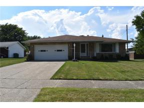 Property for sale at 6098 Saint Francis Drive, Seven Hills,  Ohio 44131