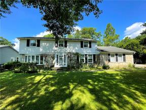 Property for sale at 1896 Winchester Road, Lyndhurst,  Ohio 44124