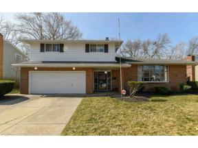 Property for sale at 6824 Greenbriar Drive, Parma Heights,  Ohio 44130