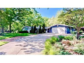 Property for sale at 576 Edinborough Drive, Bay Village,  Ohio 44140