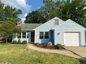 Property for sale at 617 Lindberg Boulevard, Berea,  Ohio 44017