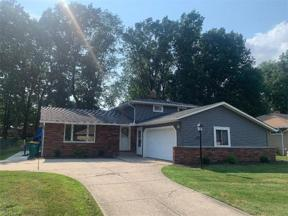 Property for sale at 6220 Meadview Drive, Seven Hills,  Ohio 44131