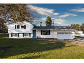 Property for sale at 1557 Bellus Road, Hinckley,  Ohio 44233