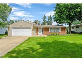 Property for sale at 1835 Edenhall Drive, Lyndhurst,  Ohio 44124