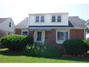 Property for sale at 1352 Commonwealth Avenue, Mayfield Heights,  Ohio 44124