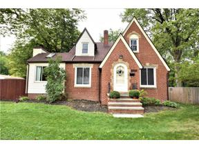 Property for sale at 2992 Clague Road, North Olmsted,  Ohio 44070