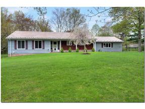 Property for sale at 3220 Fox Hollow Drive, Pepper Pike,  Ohio 44124