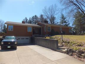 Property for sale at 636 Meadowlane Road, Seven Hills,  Ohio 44131