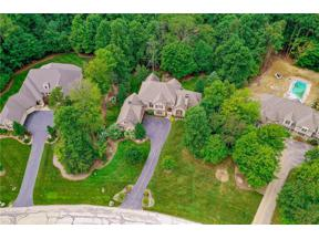 Property for sale at 8165 Devon Court, Chagrin Falls,  Ohio 44023