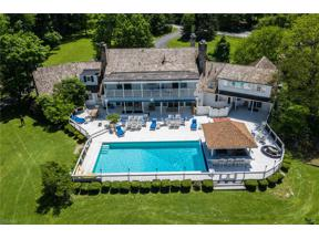 Property for sale at 1220 Fox Hill Drive, Gates Mills,  Ohio 44040