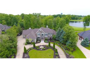 Property for sale at 451 Berwick Circle, Aurora,  Ohio 44202