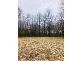 Property for sale at 6989 Stearns Road, Olmsted Township,  Ohio 44138