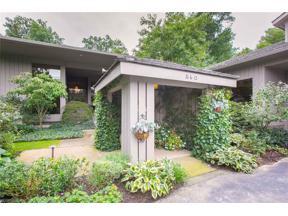 Property for sale at 560 Ravine Drive, Aurora,  Ohio 44202