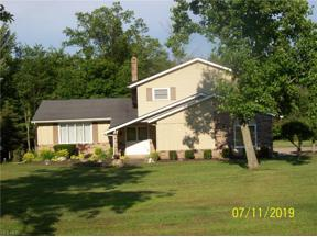 Property for sale at 11649 Pinewood Trail, Chesterland,  Ohio 44026
