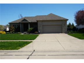 Property for sale at 412 Augusta Drive, Elyria,  Ohio 44035