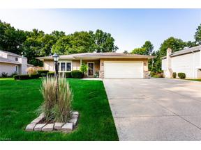 Property for sale at 26560 Kingswood Drive, Olmsted Township,  Ohio 44138