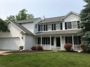 Property for sale at 8060 Tanglewood Lane, Parma,  Ohio 44129