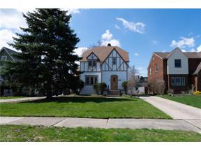 Property for sale at 5850 Wickfield Drive, Parma Heights,  Ohio 44130