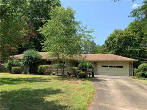 Property for sale at 26 Shipherd Circle, Oberlin,  Ohio 44074