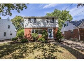 Property for sale at 1725 Kingsley Avenue, Akron,  Ohio 44313