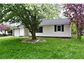 Property for sale at 6426 Aylesworth Drive, Parma Heights,  Ohio 44130