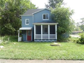 Property for sale at 785 Lake Breeze Road, Sheffield Lake,  Ohio 44054