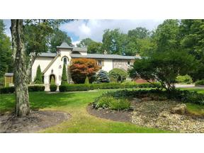 Property for sale at 38095 Chagrin Boulevard, Moreland Hills,  Ohio 44022
