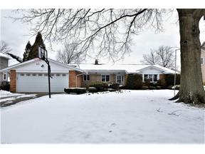 Property for sale at 25035 Twickenham Drive, Beachwood,  Ohio 44122