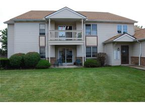 Property for sale at 5659 Gateway Lane 401, Brook Park,  Ohio 44142