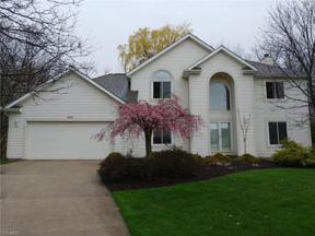 Property for sale at 1041 Winding Creek, Lyndhurst,  Ohio 44124