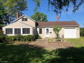 Property for sale at 1072 Peach Boulevard, Willoughby,  Ohio 44094