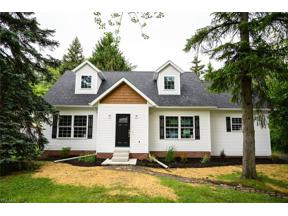 Property for sale at 1343 Mapleview Drive, Seven Hills,  Ohio 44131