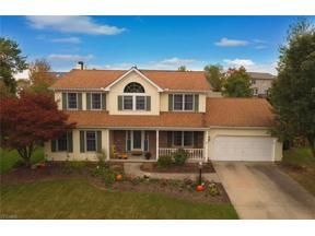 Property for sale at 703 Redstone Circle, Brunswick,  Ohio 44212