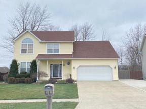 Property for sale at 327 Alexis Drive, Elyria,  Ohio 44035